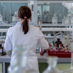 Fondation recherche médicale : 45,9 millions d'euros dédié &agrave la recherche en 2018.